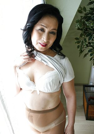 Nude Asian Older Women